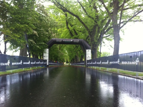 The leafy, damp start to the Queenstown Marathon.
